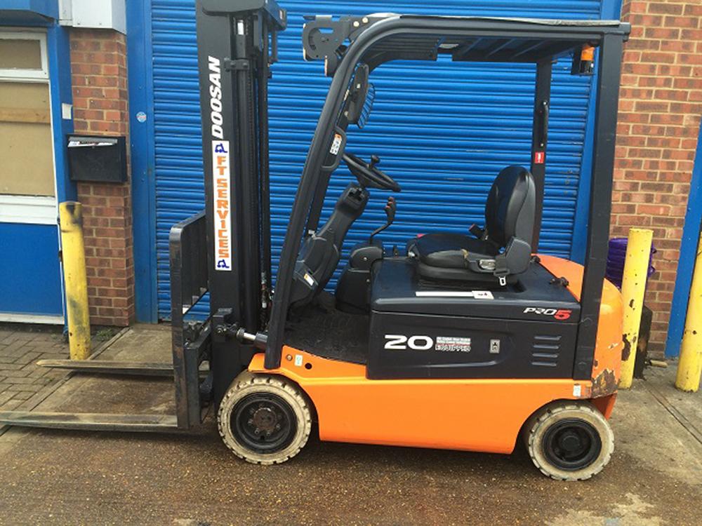 Used forklifts for sale | Buy second-hand forklift trucks | FT Services