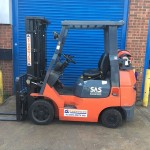 Used orange forklift Toyota 7FGC25 for sale - FT Services