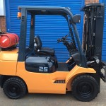 Used orange Toyota 7FGF25 for sale - FT Services