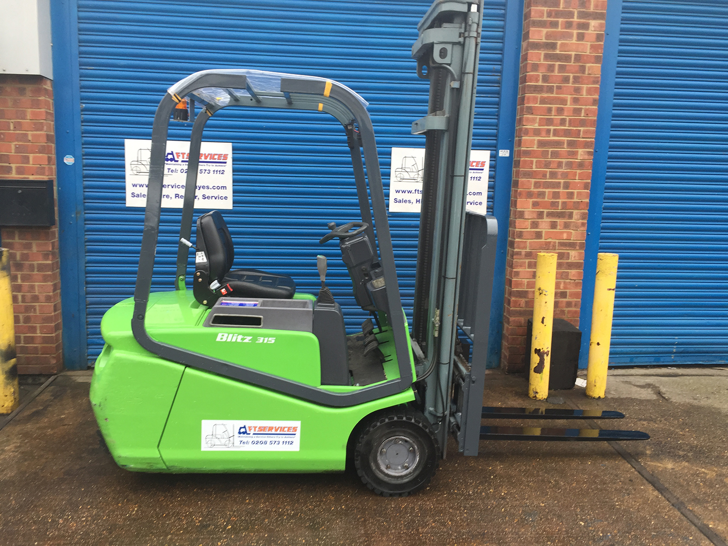 Used forklifts for sale | Buy second-hand forklift trucks | FT Services